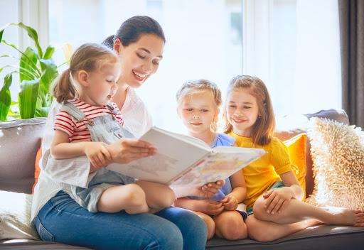 czytanie książek z dziećmi