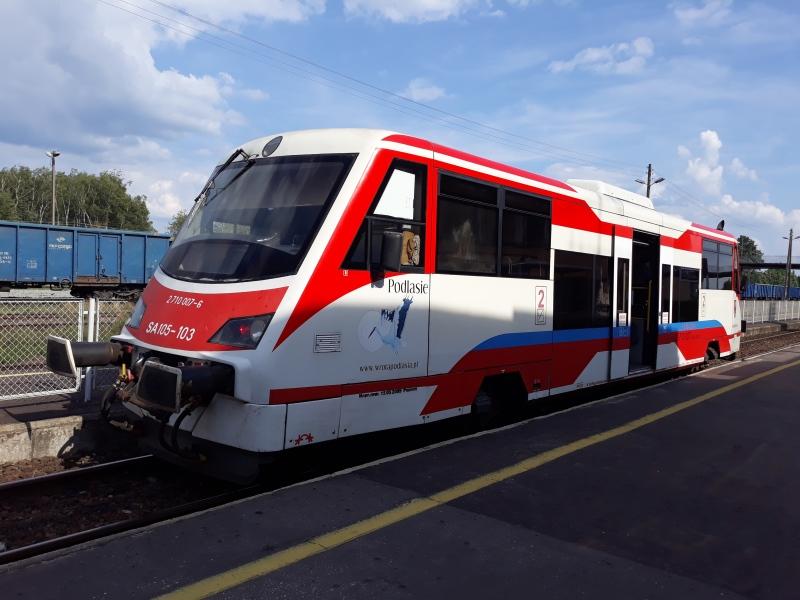 Takim pociągiem dojeżdża się na trasie Czeremcha-Hajnówka - duża liczba rowerów i przyczepek może być problemem