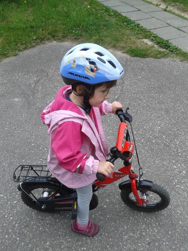Jak nauczyć dziecko jeździć na rowerze? Porady.